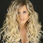 lockiges blond haarfarben tipps