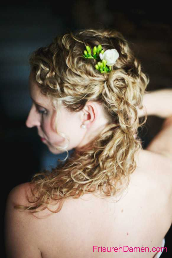 schone frisuren fur lange haare zum selber machen anleitung (2)