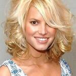 kurze wellige haare blonde frauen